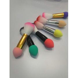 Brocha de maquillaje con esponja
